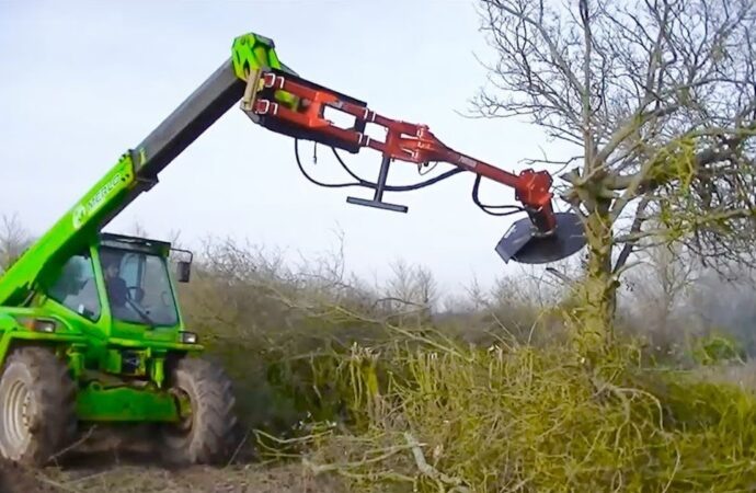 Tree Trimming Services-West Little River FL Tree Trimming and Stump Grinding Services-We Offer Tree Trimming Services, Tree Removal, Tree Pruning, Tree Cutting, Residential and Commercial Tree Trimming Services, Storm Damage, Emergency Tree Removal, Land Clearing, Tree Companies, Tree Care Service, Stump Grinding, and we're the Best Tree Trimming Company Near You Guaranteed!